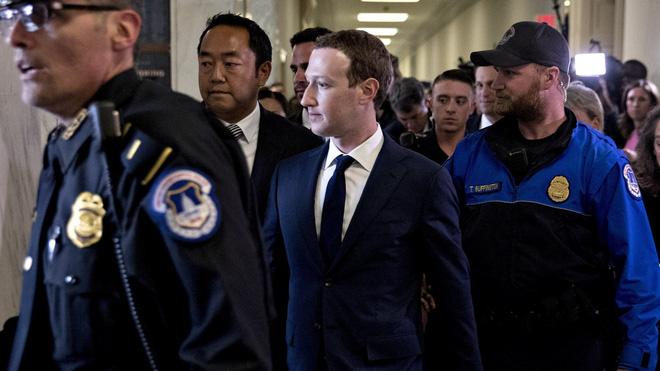 Ly kỳ chuyện bảo vệ CEO Facebook Mark Zuckerberg đẳng cấp nguyên thủ - Ảnh 3.